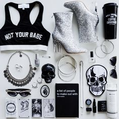 GLAM GOTH: GIFT GUIDE