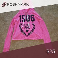 💕SALE💕PINK VS Cropped Sweatshirt In EUC... Has been sitting in storage.... ✅Make an offer through OFFER button ONLY ✅Negotiations welcome ❌No trades ❌No PayPal PINK Victoria's Secret Tops Sweatshirts & Hoodies