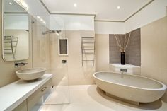 small freestanding tub with rolled rim and no pedestal free standing bathtub canada Tiny Bathrooms, Upstairs Bathrooms, Beautiful Bathrooms, Small Bathroom, Bathroom Layout, Master Bathroom, Modern Luxury Bathroom, Modern Bathtub, Small Freestanding Tub