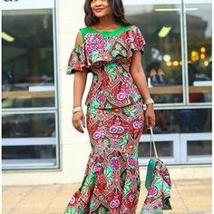 A collection of the best and Latest Casual African Ankara Styles. These casual ankara styles and casual ankara designs were specifically selected for your taste of casual ankara styles African Inspired Fashion, African Dresses For Women, African Print Dresses, African Print Fashion, African Attire, African Wear, African Fashion Dresses, Ethnic Fashion, African Women