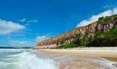 6 praias paradisíacas do Brasil: http://guiame.com.br/vida-estilo/turismo/6-praias-paradisiacas-do-brasil.html#.VRKlKDvF-8g
