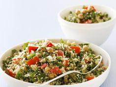 Gemüse-Couscous mit Kichererbsen - Zeit: 25 Min. | eatsmarter.de