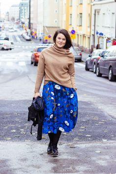 Marimekko blue Chili midi skirt Marimekko, Chili, Midi Skirt, Skirts, Blue, Outfits, Fashion, Moda, Skirt
