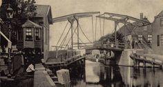 Eilandje en brug bij Gouwsluis