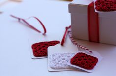 Quick Crochet Gift Tags | A Spoonful of Sugar