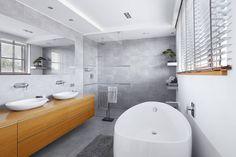 Bagno in stile Moderno di ARCHiPUNKTURA .architekci detalu