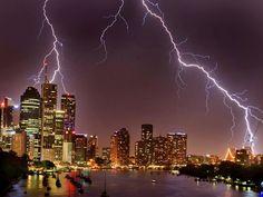 Brisbane's summer wet season usually produces some magic light shows. Sunshine State, Seattle Skyline, Lightning, Desktop Screenshot, Earth, City, Nature, Travel, Photography