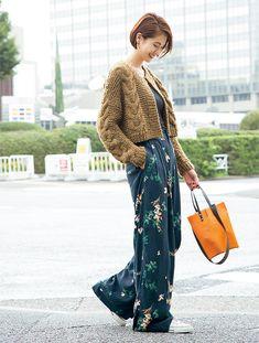 ワイドパンツに合わせるコーデは鉄板!二ノ宮和佳子さんのスニーカーコーデMarisol ONLINE|女っぷり上々!40代をもっとキレイに。
