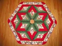 Christmas Tree Skirt Quilt    Puppy Christmas    by QuiltinWaYnE, $189.00