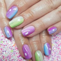 STYLECASTER | Spring Nail Art Inspiration | Ombre Rainbow