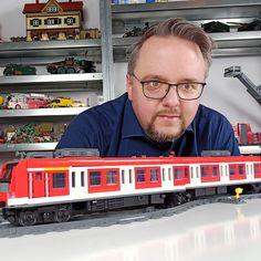 Lego Train Station, Lego Trains, S Bahn, Best Christmas Cookies, Cool Lego, Lego Ideas, Running Training, Lego City, Awesome