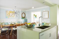 Mid-Century Modern Kitchen From Sarah Sees Potential | HGTV