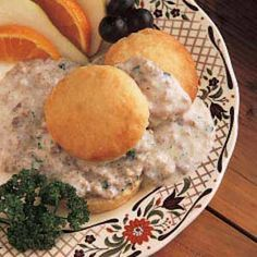 Need gravy recipes? Get great tasting additions to your meals with gravy recipes. Taste of Home has lots of gravy recipes including turkey gravy recipes, brown gravy recipes, and more gravy recipes and ideas. Sausage Gravy And Biscuits, Sausage Gravy Recipe, Hamburger Gravy, Cream Biscuits, Drop Biscuits, Turkey Gravy, Breakfast For Dinner, Breakfast Recipes, Breakfast Items