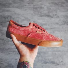 """vans California 2014 Summer """"P&S"""" pack Era 59 CA. These feature a mixture of pigskin suede and snakeskin set stop a classic gum sole."""