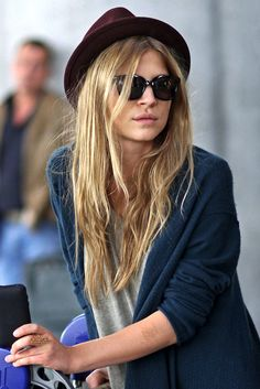 Photos via: Zimbio French beauty Clémence Poésy serving up some great casual airport style...
