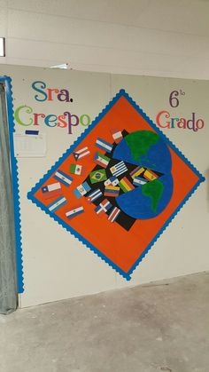 419 best decorating spanish classroom images in 2019 Spanish Classroom Decor, Art Classroom Decor, Kindergarten Classroom Decor, Diy Classroom Decorations, Classroom Images, Bilingual Classroom, School Decorations, Classroom Door, Elementary Spanish