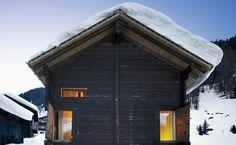 Stall in Gluringen- bkarch (Benjamin Krampulz): Gluringen, Switzerland  Former barn converted into a retreat.