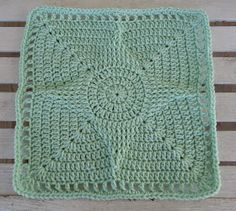 Free Crochet Pattern - Standout Star 12 inch Square