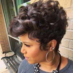 kurze Frisuren – Curly-Pixie-Hair Best Short Hairstyles for Black Women 2018 – 2019 – Pinyou Curly Pixie Hairstyles, Short Hairstyles For Women, Girl Hairstyles, Curly Hair Styles, Natural Hair Styles, Hairstyles 2016, Pixie Haircuts, Trendy Hairstyles, Female Hairstyles