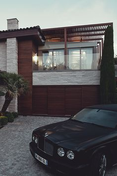 Dream house with dream car ITCHBAN.com // Architecture, Living Space & Furniture Inspiration #08