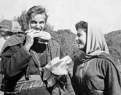 Charlton Heston y Haya Harareet en el rodaje de Ben-Hur.