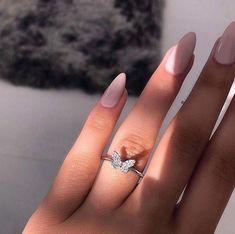 Dainty Jewelry, Cute Jewelry, Luxury Jewelry, Jewelry Accessories, Jewelry Ideas, Gold Jewelry, Women Jewelry, Jewelry Trends, Metal Jewelry