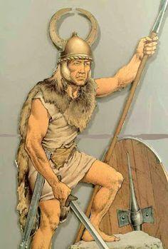 """Furono tredici anni di una lunga guerra quella fra gli Apuani e la potente Roma che si svolsero ben duemila anni fa. Gli storici chiamano in latino questo periodo il """"De bello Apuano"""" (sulla guerra apuana), sicuramente meno famoso del rinomato """"De bello Gallico"""" scritto da Giulio Cesare, ma comunque ben descritto con dovizia di particolari dallo storico romano Tito Livio. Narra di sanguinose e cruente battaglie che l'indomito e fiero popolo apuano combatte fra le aspre montagne garfagnine"""