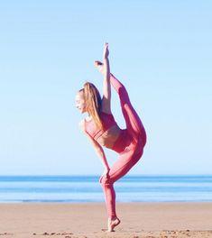 Gymnastics Photography, Dance Photography, Creative Photography, How To Do Gymnastics, Gymnastics Quotes, Dance Poses, Yoga Poses, Anna Mcnulty, Flexibility Dance