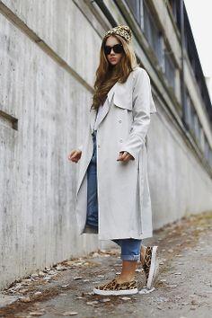 trench coat + leopard print pump + blue jean
