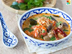 Tom Yum Goong by Noob Cook. Easy recipe for Tom Yum Goong, a popular Thai spicy and sour soup with prawns (shrimps).
