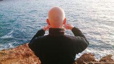 Hans van Beusekom early morning Ritsuzen on the rocks during TheFeel Natural Tuning retreats  at Ibiza.