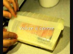 Salmón en estuche de vapor - YouTube Sin Gluten, Plastic Cutting Board, Cooking, Youtube, Food, Sweets, Food Items, Glutenfree, Kitchen