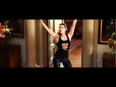 6 Earth Shattering Idina Menzel Performances