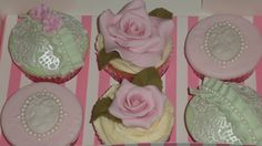 Floral cupcakes :)