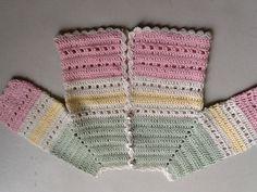 Baby Knit Dress Baby and childiren dress knit at 9 … Baby-Strickkleid Baby- und Kinderkleid im Alter von 9 … Crochet Baby Sweaters, Baby Girl Crochet Blanket, Gilet Crochet, Knit Baby Dress, Crochet Baby Cardigan, Easy Crochet Blanket, Crochet Girls, Crochet Baby Clothes, Crochet Blanket Patterns