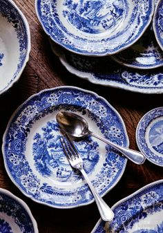 Habitually Chic®: Blue and White is Always Right