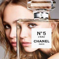 #GerryCuidados Chanel No. 5 L'EAU de #Chanel es una fragancia floral aldheica, creación de Oliver Polge. Sus notas son: limón, mandarina, naranja, neroli, rosa de mayo, ylang-ylang, cedro y almizcle blanco. #ChanelNo5 #ChanelNo5LEau #OliverPolge