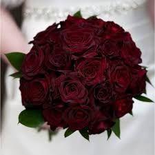 Resultado de imagem para casamento ao ar livre marsala