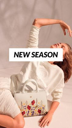 Spring Flowers, Outfit, Crossbody Bag, Brand New, Shoulder Bag, Seasons, Handbags, Silk Shawl, Trendy Shoes
