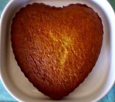 Un #cuore di dolcezza #senzaglutine con #carote e #mandorle :) Perfetta per la tua cura ricostituente di #Primavera <3 Grazie #ConGustoSenzaglutne! #ricetta #dolce #torta #glutenfree #lamiaricettasunutrichef