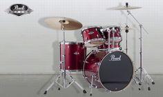 Pearl Export Schlagzeugset Red Wine  20″x18″ Bass Drum (EXX2018B) 10″x08″ Tom (EXX1008T) 12″x09″ Tom (EXX1209T) 14″x14″ Floor Tom (EXX1414F) 14″x5,5″ Snare Drum (EXX1455S)  Hardwareset 830 bestehend aus:  1x BC-830 Galgenbeckenständer 1x C-830 gerader Beckenständer 1x S-830 Snare Drum Ständer 1x H-830 Hi-Hat Ständer 1x P-930 Demonator Bass Drum Pedal 2 x TH-70I Tomhalter  Inklusive Beckenset ZILDJIAN Planet Z bestehend aus:  14″ Hi-Hats (pr.) 16″ Crash Cymbal 20″ Ride Cymbal…