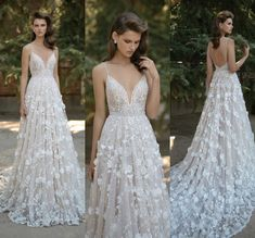 2016 New Gorgeous 3D-Floral Appliques Berta Wedding Dresses Plunging V-neck Spaghetti Straps Backless Lace Wedding Dresses with Court Train