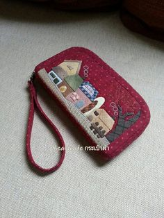 Japanese Patchwork, Japanese Bag, Patchwork Bags, Quilted Bag, Fabric Wallet, Fabric Bags, Macrame Bracelet Diy, Quilting, House Quilts