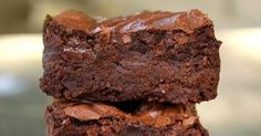Here are the best brownies you'll ever eat in your life. Yes they really are that good. I've made these brownies over and over and everyti...