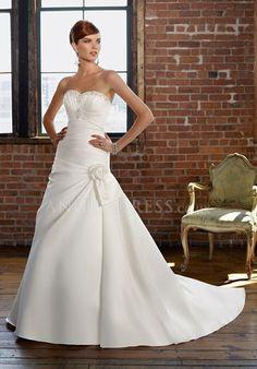 Ball Gown Sweetheart Satin Lace up Floor Length Sleeveless Wedding Dress