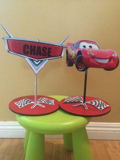 Centro de mesa de cumpleaños de Cars personaje por SOUTHFLOWER