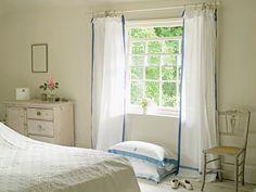 Scandinavian style in Suffolk England. Scandinavian Style, Scandinavian Cottage, Swedish Cottage, Cottage Style, Scandinavian Interiors, Casas Shabby Chic, Estilo Shabby Chic, Dream Bedroom, Home Bedroom