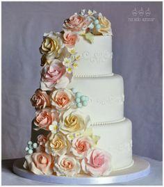 Wedding cake . Tarta de boda