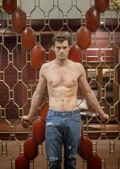 Jamie Dornan Life: Tons of NEW Stills and BTS Pictures from 'Fifty Shades of Grey'