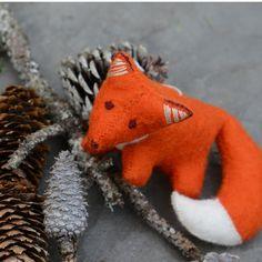 Winter's Snow Fox - Craftspring
